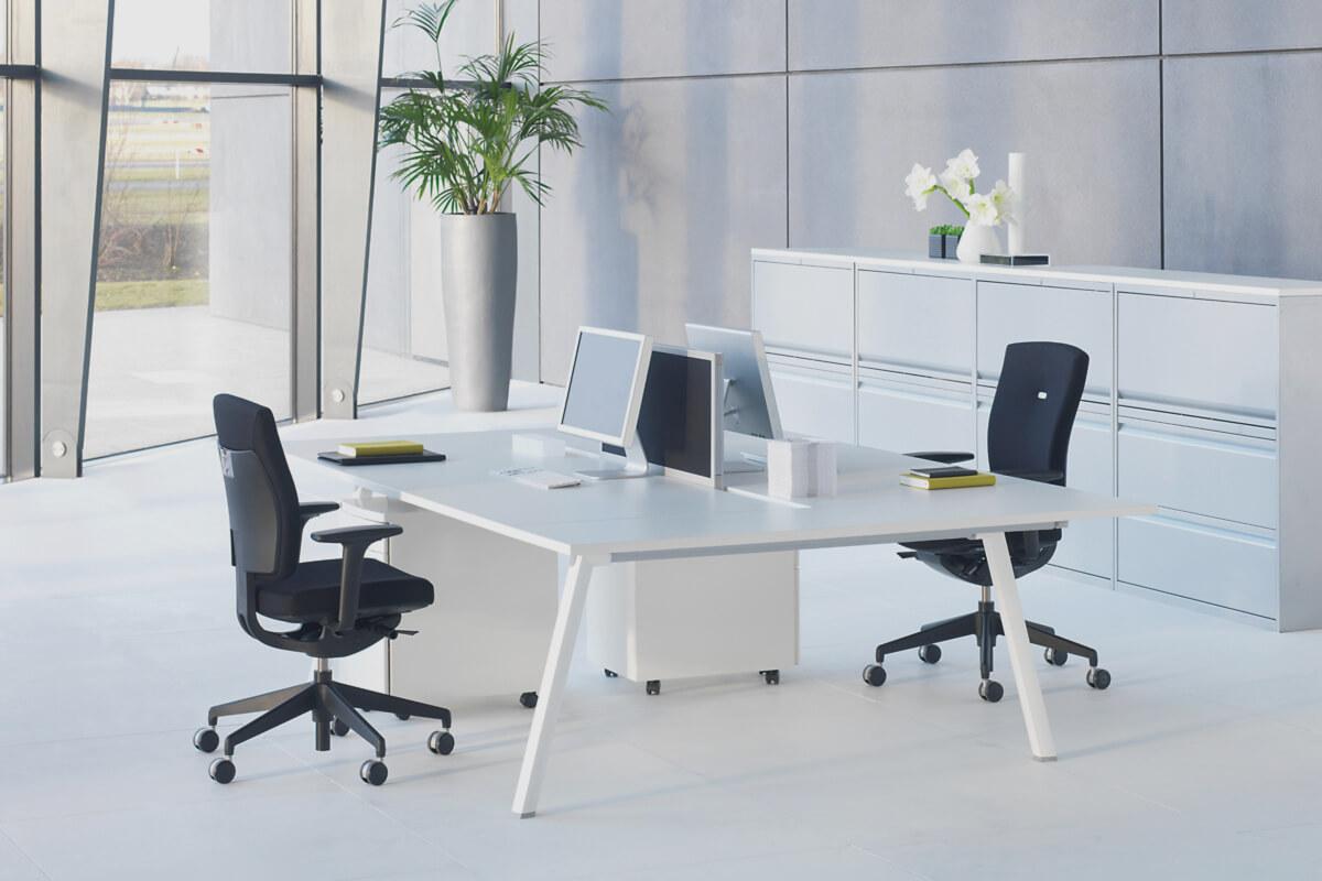 Muebles que conforman el mobiliario de una oficina